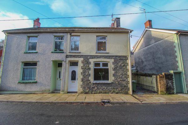 Clydach Terrace, Ynysybwl, Pontypridd